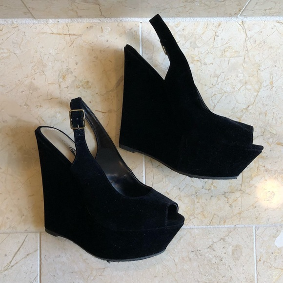 8cc1afefdab1 Etcetera Shoes - Elegant black velvet peep toe wedges